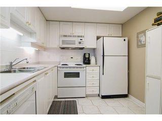 """Photo 5: # 1507 1185 QUAYSIDE DR in New Westminster: Quay Condo for sale in """"THE RIVIERA"""" : MLS®# V872881"""