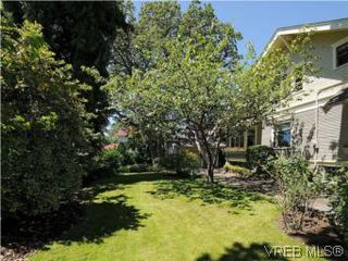 Photo 19: 1010 Craigdarroch Road in VICTORIA: Vi Rockland Single Family Detached for sale (Victoria)  : MLS®# 281757
