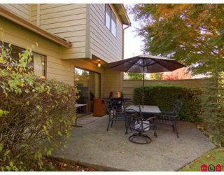 """Photo 8: 7 9994 149TH Street in Surrey: Guildford Townhouse for sale in """"TALL TIMBERS"""" (North Surrey)  : MLS®# F2727901"""