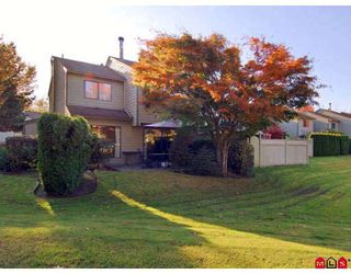"""Photo 9: 7 9994 149TH Street in Surrey: Guildford Townhouse for sale in """"TALL TIMBERS"""" (North Surrey)  : MLS®# F2727901"""