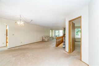 """Photo 8: 114 10584 153 Street in Surrey: Guildford Townhouse for sale in """"Glenwood Village"""" (North Surrey)  : MLS®# R2390526"""