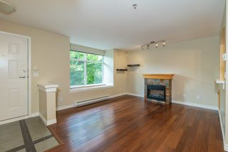Photo 2: 81 7488 SOUTHWYNDE Avenue in Burnaby: South Slope Townhouse for sale (Burnaby South)  : MLS®# R2394591