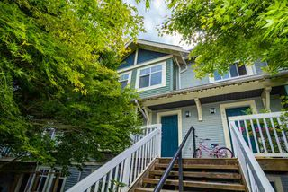 Photo 1: 81 7488 SOUTHWYNDE Avenue in Burnaby: South Slope Townhouse for sale (Burnaby South)  : MLS®# R2394591