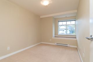 Photo 10: 81 7488 SOUTHWYNDE Avenue in Burnaby: South Slope Townhouse for sale (Burnaby South)  : MLS®# R2394591