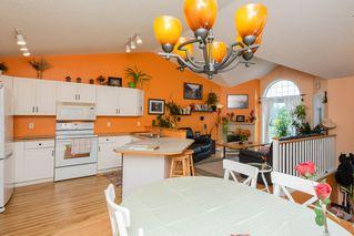 Photo 7: 33 11717 9B Avenue in Edmonton: Zone 16 Townhouse for sale : MLS®# E4168947