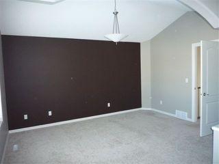 Photo 10: 3 2815 34 Avenue in Edmonton: Zone 30 House Half Duplex for sale : MLS®# E4172726