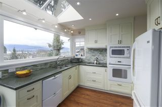 "Photo 6: 3981 W 11TH Avenue in Vancouver: Point Grey House for sale in ""Point Grey"" (Vancouver West)  : MLS®# R2430959"