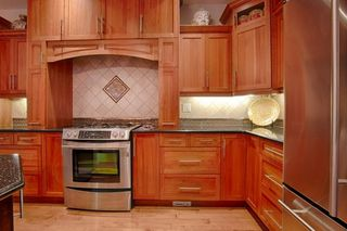 Photo 8: 10137 122 Street in Edmonton: Zone 12 House Half Duplex for sale : MLS®# E4203579