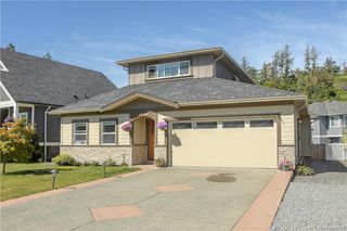 Photo 1: 3440 Hopwood Pl in Colwood: Co Latoria House for sale : MLS®# 842417
