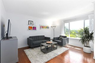 "Photo 2: 557 CARLSEN Place in Port Moody: North Shore Pt Moody Townhouse for sale in ""EAGLE POINT"" : MLS®# R2481494"