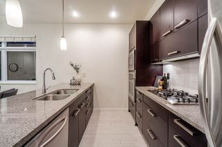 "Photo 11: 460 E 11TH Avenue in Vancouver: Mount Pleasant VE Townhouse for sale in ""The Block"" (Vancouver East)  : MLS®# R2487828"