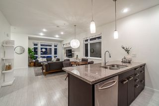 """Photo 10: 460 E 11TH Avenue in Vancouver: Mount Pleasant VE Townhouse for sale in """"The Block"""" (Vancouver East)  : MLS®# R2487828"""