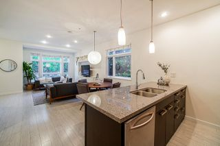 """Photo 19: 460 E 11TH Avenue in Vancouver: Mount Pleasant VE Townhouse for sale in """"The Block"""" (Vancouver East)  : MLS®# R2487828"""