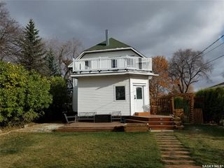 Photo 4: 301 3rd Street East in Wilkie: Residential for sale : MLS®# SK830553