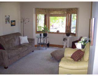 Photo 3: 1142 CLARENCE Avenue in WINNIPEG: Fort Garry / Whyte Ridge / St Norbert Single Family Detached for sale (South Winnipeg)  : MLS®# 2708796