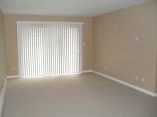 "Photo 2: #204 33598 GEORGE FERGUSON WY in ABBOTSFORD: Central Abbotsford Condo for rent in ""NELSON MANOR"" (Abbotsford)"