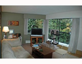 "Photo 4: 307 2330 MAPLE Street in Vancouver: Kitsilano Condo for sale in ""MAPLE GARDENS"" (Vancouver West)  : MLS®# V680162"
