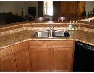 Photo 9: 38 LANGLEY Bay in WINNIPEG: Fort Garry / Whyte Ridge / St Norbert Residential for sale (South Winnipeg)  : MLS®# 2801706