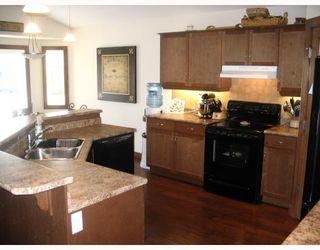 Photo 6: 38 LANGLEY Bay in WINNIPEG: Fort Garry / Whyte Ridge / St Norbert Residential for sale (South Winnipeg)  : MLS®# 2801706