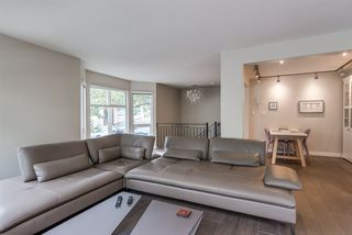 "Photo 4: 101 1707 YEW Street in Vancouver: Kitsilano Townhouse for sale in ""1707 Yew"" (Vancouver West)  : MLS®# R2394661"