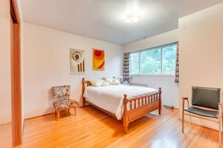 Photo 9: 3092 E 5TH Avenue in Vancouver: Renfrew VE House for sale (Vancouver East)  : MLS®# R2412099