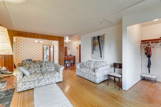 Photo 4: 3092 E 5TH Avenue in Vancouver: Renfrew VE House for sale (Vancouver East)  : MLS®# R2412099