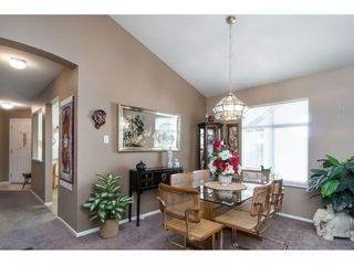"Photo 11: 13 19649 53 Avenue in Langley: Langley City Townhouse for sale in ""Huntsfield Green"" : MLS®# R2412498"