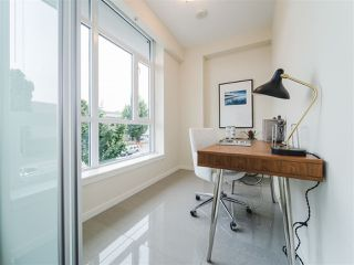 Photo 11: 202 63 W 2ND AVENUE in Vancouver: False Creek Condo for sale (Vancouver West)  : MLS®# R2278434