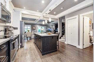 """Photo 3: 22 19095 MITCHELL Road in Pitt Meadows: Central Meadows Townhouse for sale in """"Brodgen Brown"""" : MLS®# R2466025"""