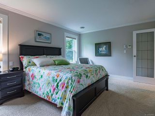 Photo 33: 879 Eastwicke Cres in COMOX: CV Comox (Town of) Single Family Detached for sale (Comox Valley)  : MLS®# 842967