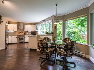 Photo 6: 879 Eastwicke Cres in COMOX: CV Comox (Town of) Single Family Detached for sale (Comox Valley)  : MLS®# 842967