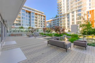 """Photo 25: 2005 433 SW MARINE Drive in Vancouver: Marpole Condo for sale in """"W1"""" (Vancouver West)  : MLS®# R2496483"""
