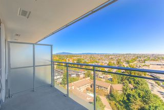 """Photo 16: 2005 433 SW MARINE Drive in Vancouver: Marpole Condo for sale in """"W1"""" (Vancouver West)  : MLS®# R2496483"""