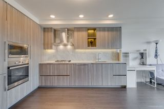 """Photo 5: 2005 433 SW MARINE Drive in Vancouver: Marpole Condo for sale in """"W1"""" (Vancouver West)  : MLS®# R2496483"""