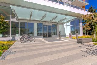 """Photo 2: 2005 433 SW MARINE Drive in Vancouver: Marpole Condo for sale in """"W1"""" (Vancouver West)  : MLS®# R2496483"""