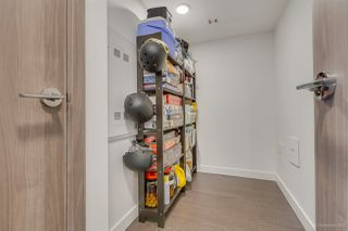 """Photo 11: 2005 433 SW MARINE Drive in Vancouver: Marpole Condo for sale in """"W1"""" (Vancouver West)  : MLS®# R2496483"""