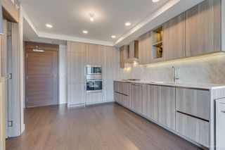 """Photo 4: 2005 433 SW MARINE Drive in Vancouver: Marpole Condo for sale in """"W1"""" (Vancouver West)  : MLS®# R2496483"""