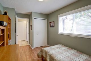Photo 18: 4 COACH SIDE Terrace SW in Calgary: Coach Hill Semi Detached for sale : MLS®# A1037354