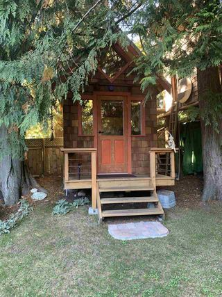 Photo 10: 1222 CAROL Place in Gibsons: Gibsons & Area House for sale (Sunshine Coast)  : MLS®# R2507168