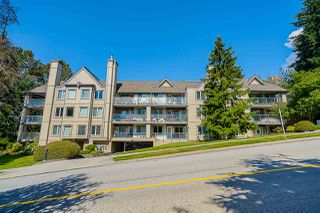 """Photo 3: 421 6707 SOUTHPOINT Drive in Burnaby: South Slope Condo for sale in """"MISSION WOODS"""" (Burnaby South)  : MLS®# R2514266"""