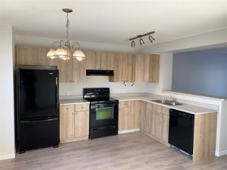 Photo 2: 156 MICHIGAN Key: Devon House for sale : MLS®# E4222665