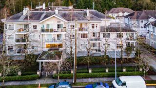 "Main Photo: 205 8976 208 Street in Langley: Walnut Grove Condo for sale in ""OAKRIDGE RESIDENCES"" : MLS®# R2527103"