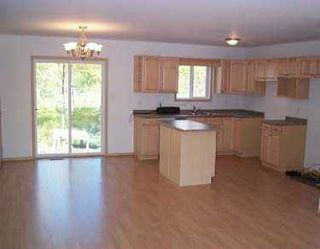 Photo 2: 13 OAK Lane in St Malo: Manitoba Other Single Family Detached for sale : MLS®# 2414213