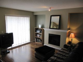 "Photo 2: 100 6747 203RD Street in Langley: Townhouse for sale in ""Willoughby Heights"" : MLS®# F1107665"