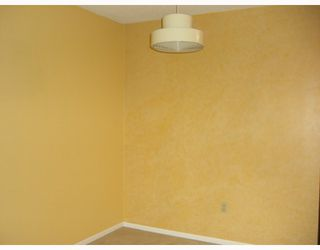 "Photo 5: 316 7431 MINORU Boulevard in Richmond: Brighouse South Condo for sale in ""WOODRIDGE"" : MLS®# V693760"