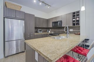 Photo 7: 101 709 TWELFTH STREET in New Westminster: Moody Park Condo for sale : MLS®# R2448309