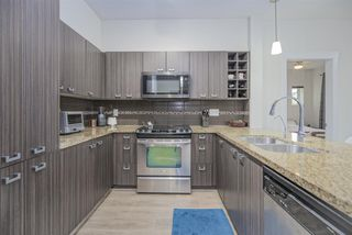 Photo 8: 101 709 TWELFTH STREET in New Westminster: Moody Park Condo for sale : MLS®# R2448309