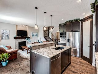 Photo 4: 220 HILLCREST Drive SW: Airdrie Detached for sale : MLS®# A1018720