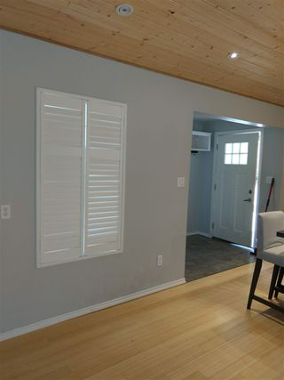 Photo 12: 5608 WAKEFIELD Road in Sechelt: Sechelt District Manufactured Home for sale (Sunshine Coast)  : MLS®# R2492795