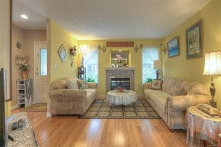 Photo 7: 5 4570 West Saanich Rd in : SW Royal Oak House for sale (Saanich West)  : MLS®# 859160
